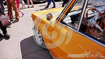 Festival dell'automobile nella città di Tula Federazione Russa Estate 2015 video d archivio