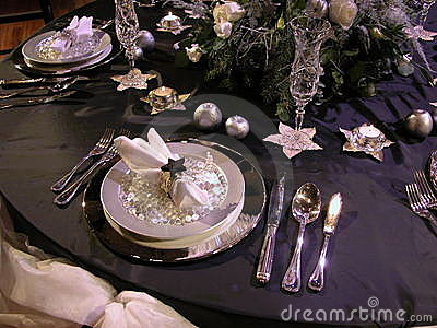 Festive table setting 2