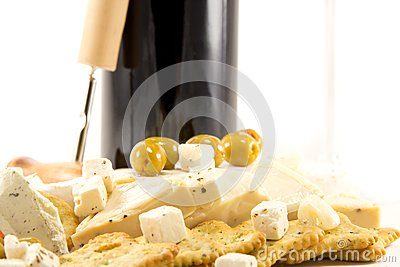 Feta cheese and red wine and crackers