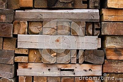 Feuern Sie Holz ab