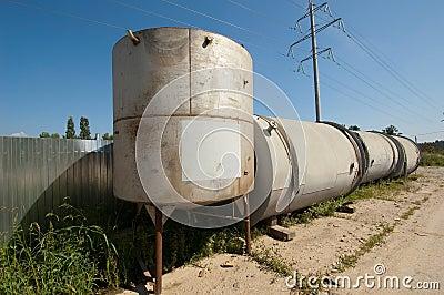 Few metal tank