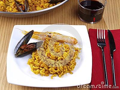 Fideua - Noodle paella