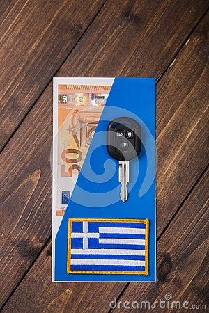 Free Fifty Euros Banknote And Car Keys Stock Photography - 133612952