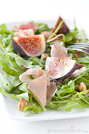 Figs with arugula
