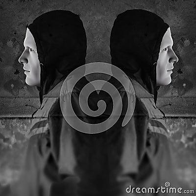 Figuras encapuçados gêmeas