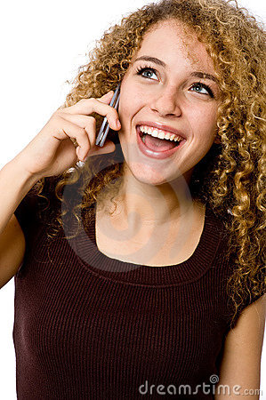 Fille au téléphone