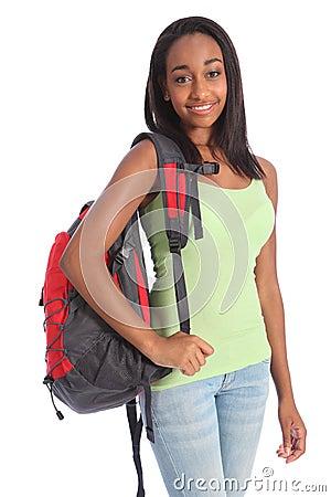 ... : Fille d adolescent d école d Afro-américain avec le sac à dos