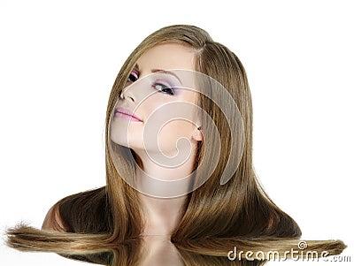 Fille de l adolescence avec le long cheveu droit