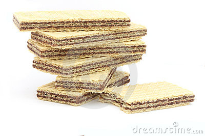 Filled wafers with chocolate