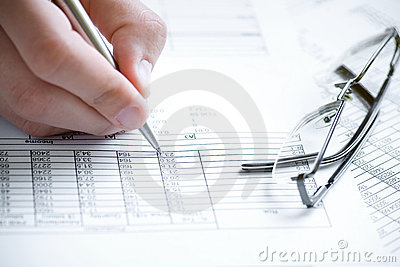 Financial data analyzing.
