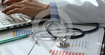 Finansiell statistik för hälsovård och budget- planläggning stock video