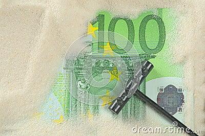Finding hundred euros
