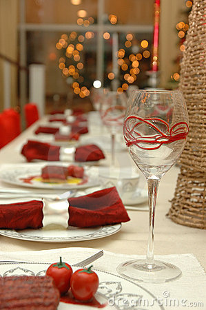Free Fine Dinning Table Setting Royalty Free Stock Photos - 4517838