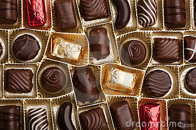 Fine pralines in a box