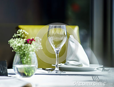 Fine Restaurant Dinner Table Setting Stock Photos Image