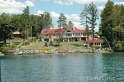 Finger Lakes - Skaneateles Lake-front Mansion