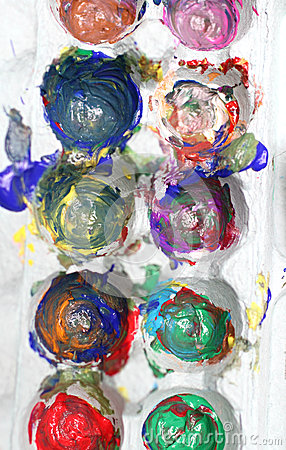 Finger paints in an egg crate for art