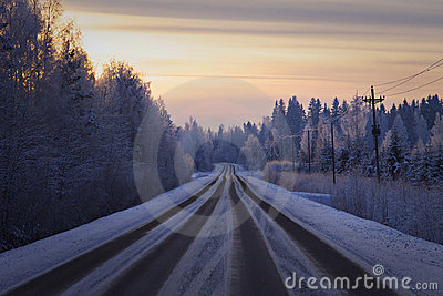 Finland: Road in winter