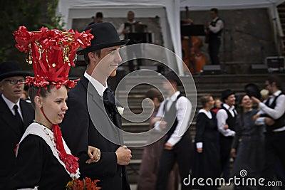 Finlandia: Casamento meados de do verão Imagem de Stock Editorial