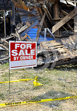 Free Fire Damaged Home For Sale Royalty Free Stock Photography - 28847197