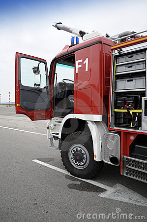 Free Fire Truck Ready For Action Royalty Free Stock Photography - 16569797