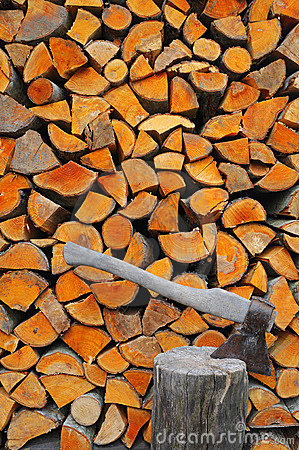 Free Fire Wood Royalty Free Stock Image - 9018816