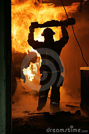 Free Firefighters Inside House Royalty Free Stock Image - 2533476