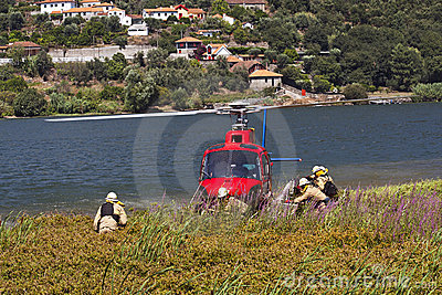 Firefighting helicopter - Crew