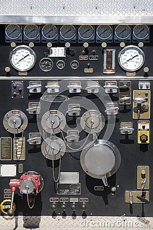 Fireman pressure gauge