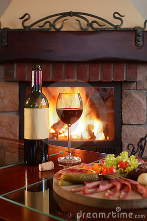 Free Fireplace And Red Wine 2 Royalty Free Stock Photos - 1728098