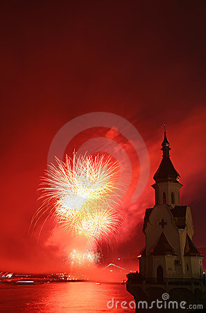 Free Firework And Church On River Royalty Free Stock Photos - 5512468
