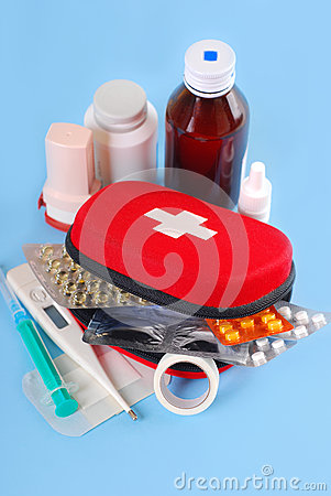 Free First Aid Kit Royalty Free Stock Images - 26164339