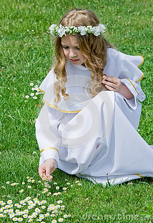 First Communion and daisies