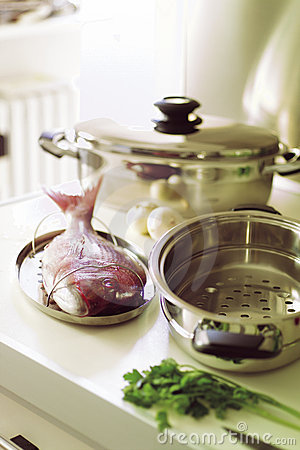 Free Fish And Pots Royalty Free Stock Photography - 3749197
