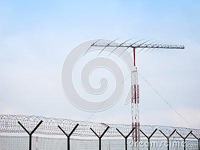 Fish bone antennae and fence