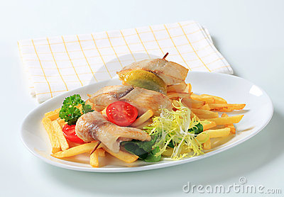 Fish skewer and French fries