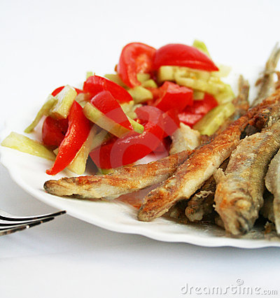 Free Fish -smelt In Flour Crust Appetizer With Salad Stock Photos - 9232113