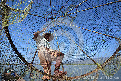 Fisherman in Inle Lake Editorial Photo