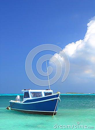 Free Fisherman S Boat In Aruba Royalty Free Stock Photos - 20354418