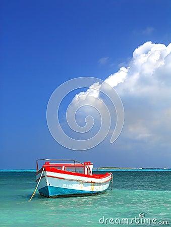 Free Fisherman S Boat In Aruba Royalty Free Stock Images - 20354419