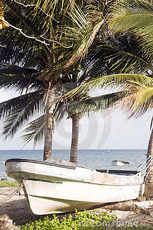 Fishing boat corn island nicaragua