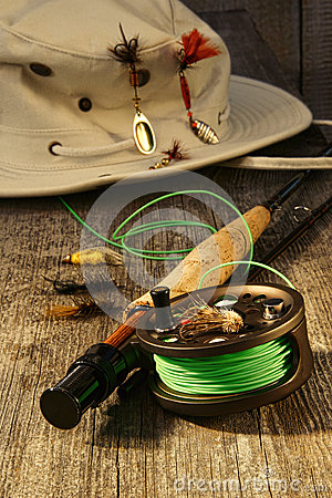 Fishing reel and hat