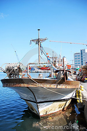 Free Fishing Schooner   At A Mooring. Royalty Free Stock Image - 11262246