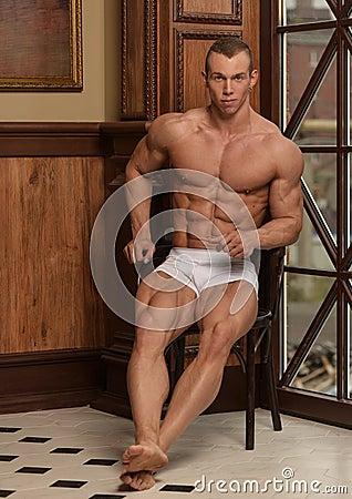 Free Fitness Model Stock Photo - 112041230