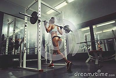 naked ebony girl squat