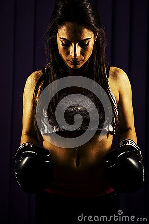 Free Fitness Woman With Boxing Gloves Royalty Free Stock Photos - 37662538