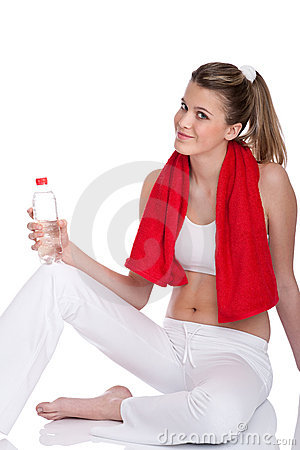 Fitness – Young woman with bottle of water