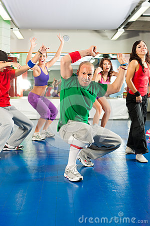 Free Fitness - Zumba Training And Workout In Gym Royalty Free Stock Photos - 35459808