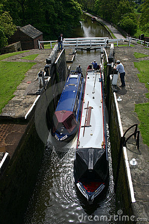 Five rise locks