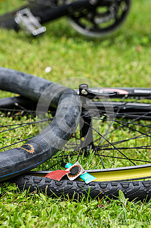 Fixed bicycle tire